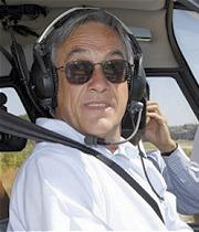 sebastian-piñera-piloto-helicoptero