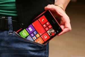 Nokia-Lumia-1520-bolsillo